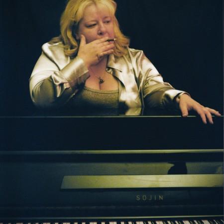 Jackie Warren (Solo Piano)