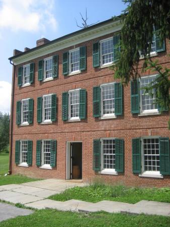 A Fugitive's Path Escape on the Underground Railroad