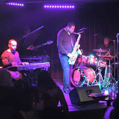 Rhythm on the River: Hubb's Groove
