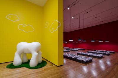 primary-Second-Saturday-Curator-Gallery-Talk--A-Closer-Look-at-Myopia-1468267911