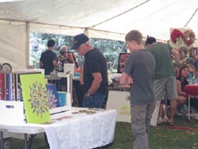 CALL FOR ARTISTS: Craft Vendors