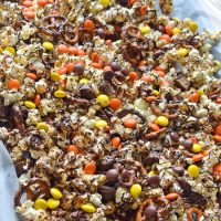 reeses-popcorn-with-pretzels-recipe