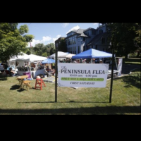 Peninsula Flea at Heritage Farms