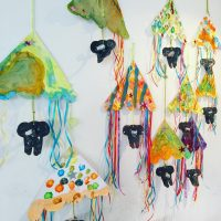 the_perfect_circus_mobile_made_by_children_at_my_kid_atelier-_look_at_the_elephants_trunk