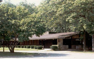Lions Park Lodge