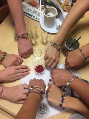 Memory wire bead bracelet
