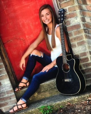 LIVE MUSIC with Emilee Scengie