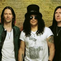 Slash ft. Myles Kennedy & The Conspirators - Living The Dream Tour '19