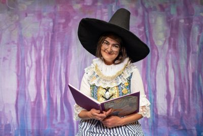 Mother Goose tells her tales at Magical Theatre