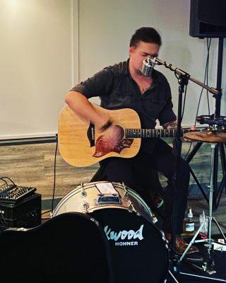 Live Music at Mercedes' Tavern