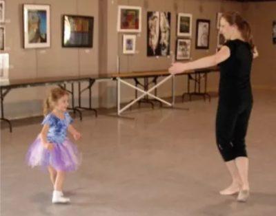 Beginning Children's Ballet Art Center on Tuscaraw...