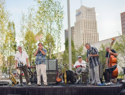 Downtown@Dusk – 15 60 75 Numbers Band